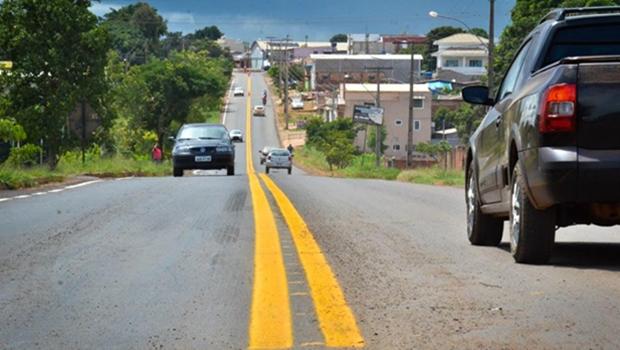 Acidentes em rodovias federais goianas deixam cinco feridos no feriado