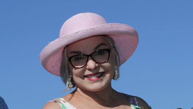 Câmara concede homenagem à Dona Íris pelo Dia do Blogueiro