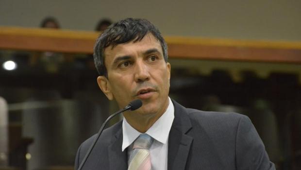 Candidatura de Caiado vem perdendo força, avalia deputado do MDB