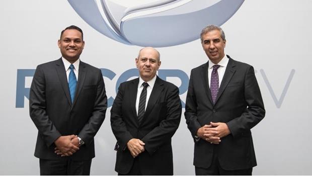 Zé Eliton e diretor Marcos Silva visitam sede da Rede Record em São Paulo