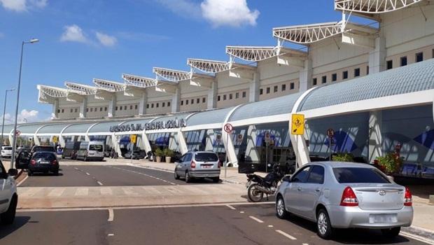 Com risco de falta de combustível, aeroporto de Goiânia cancela voos. Veja lista