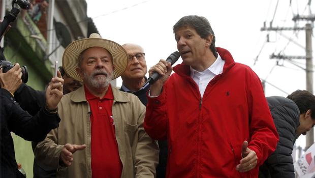 MP eleitoral emite alerta sobre santinhos com Lula candidato