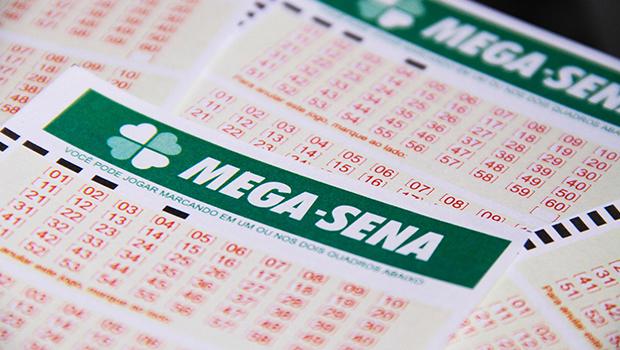Mega-Sena pode pagar R$ 3 milhões no concurso deste sábado (2)