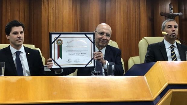 Henrique Meirelles recebe título de cidadão goianiense na Câmara