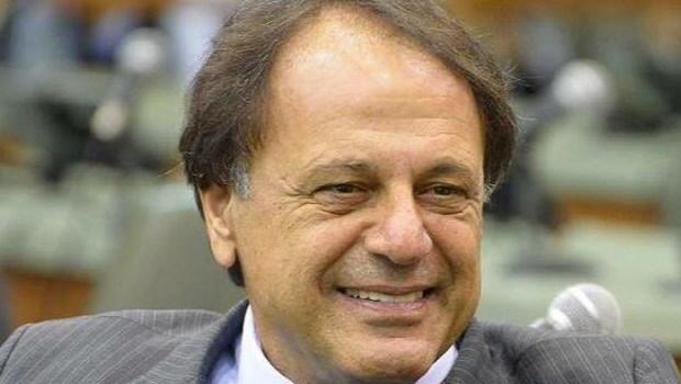 MP aciona Adib Elias por intimidação de servidores concursados