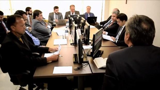 Assista sessão de julgamento do TJD sobre jogo entre Anápolis e Goiás