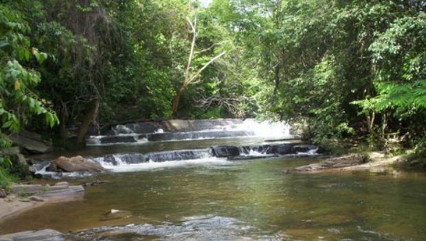 Corpo de Bombeiros localiza corpo no Rio das Almas, em Pirenópolis
