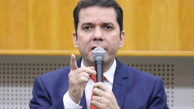 Alysson Lima diz que vai se reunir com Caiado para pedir ajuda no subsídio do transporte coletivo
