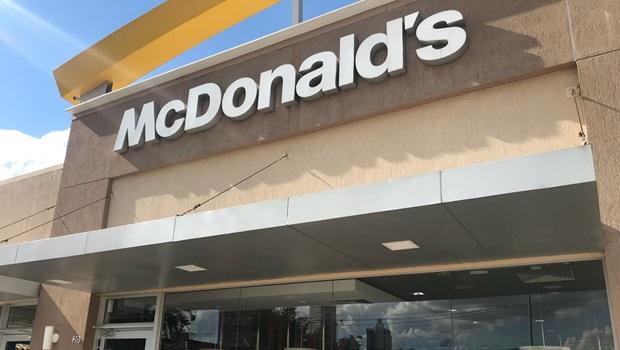 Loja do McDonald's em Goiânia sofre com desabastecimento causado por greve