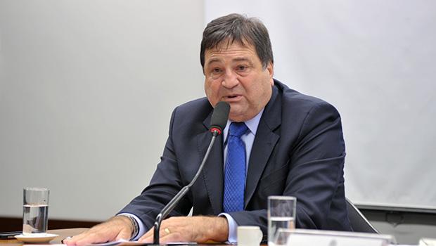 Halum sugere a Carlesse redução  do ICMS sobre os combustíveis