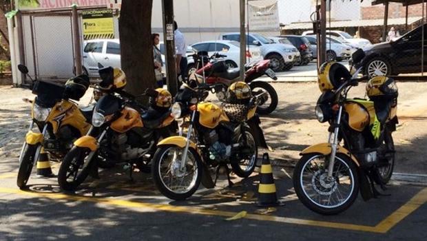 Via decreto, prefeito deve regulamentar uso de mototaxímetro em Goiânia