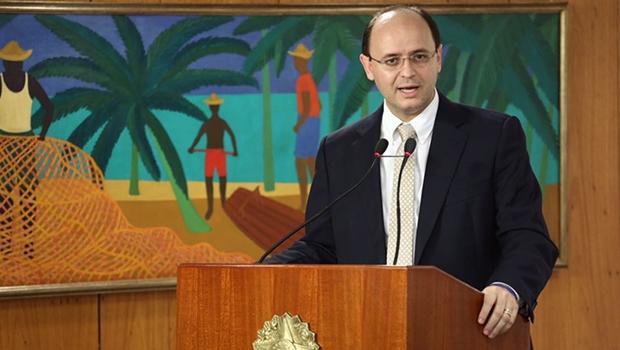 """Ministro da Educação diz que Goiás """"merece destaque nacional"""" por desempenho no Saeb"""