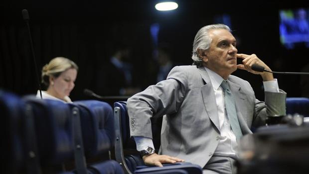 Caiado precisa explicar por que recebeu dinheiro de empresas investigadas pela Operação Lava Jato