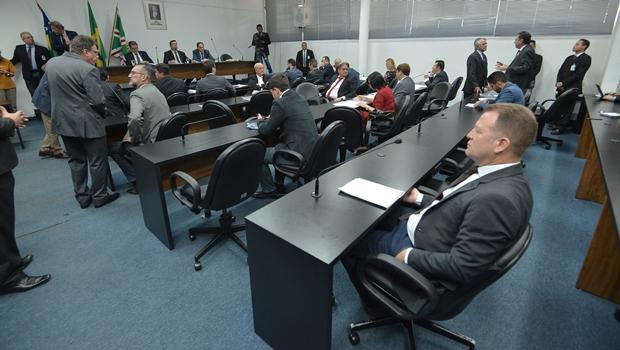 Deputados fecham acordo para mudanças em projeto do TJ-GO