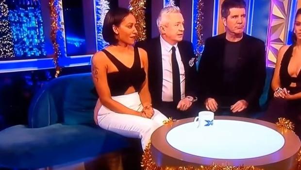 Vídeo mostra ex-Spice Girls sendo assediada por colega em programa de TV