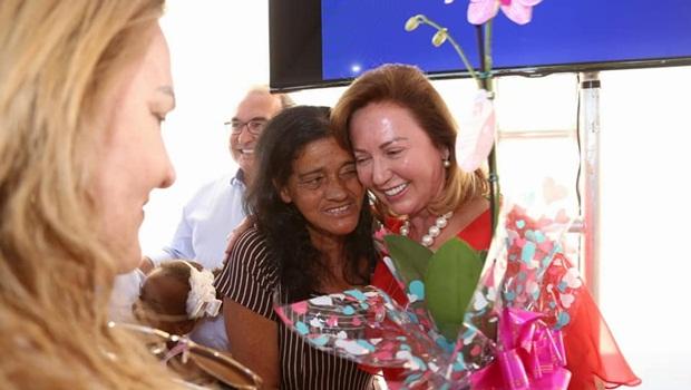Moradora do Jardim Imperial 1 é a 15ª a ganhar casa do Projeto Mãos Solidárias