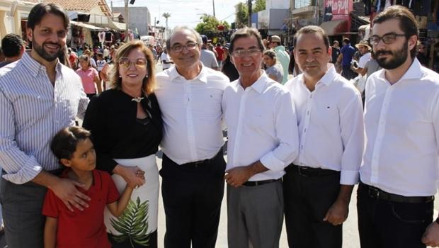 Pré-candidato a deputado, Adriano Avelar recebe apoio de prefeito de Trindade