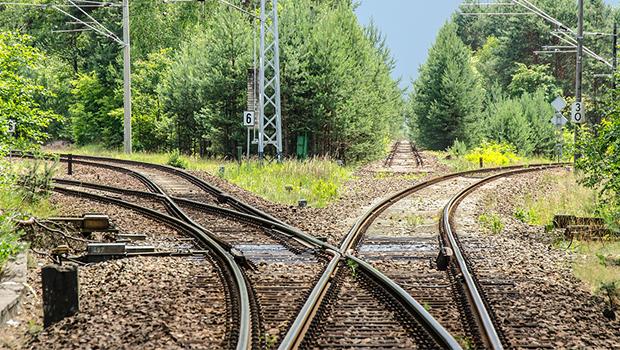Depois da greve dos caminhoneiros, governo anuncia parcerias para construir ferrovias
