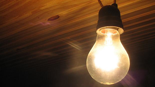 Famílias de baixa renda poderão ter gratuidade na conta de luz