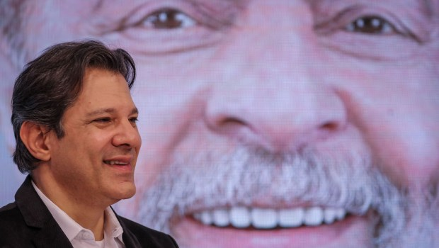 Vox Populi coloca Haddad à frente de Bolsonaro no primeiro turno