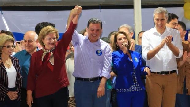 Lúcia Vânia come o filé da paz com o governador Zé Eliton e com Marconi Perillo