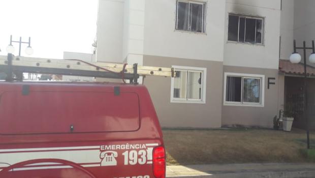 Incêndio atinge apartamento no Setor Independência Mansões, em Aparecida de Goiânia