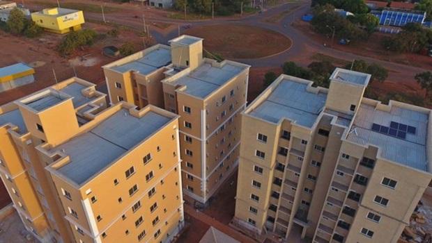Governo do Tocantins entrega 84 apartamentos a servidores públicos