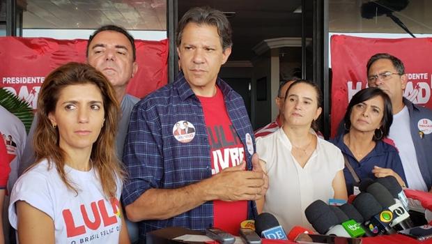 Em Goiânia, Haddad confirma intenção de criar nova Constituição