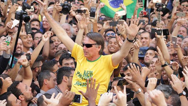 Paraná Pesquisas: Bolsonaro alcança 41% dos votos válidos