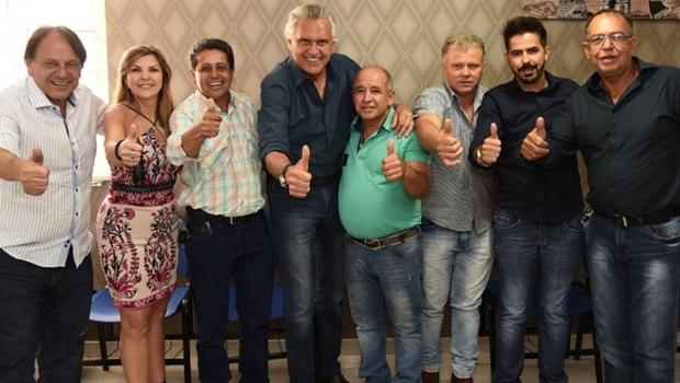 Prefeito e vereadores do MDB oficializam apoio a Caiado