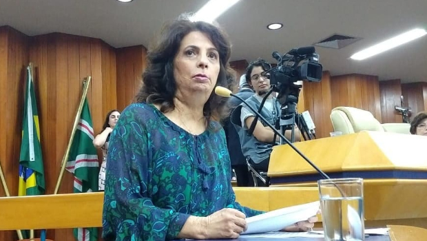 Vereadora diz que eleitores ainda estão indecisos e aposta na vitória de Zé Eliton