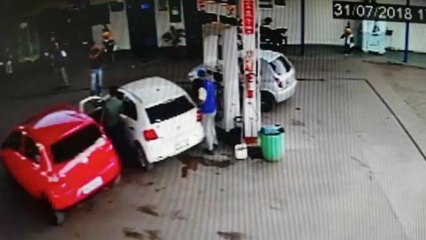 Presidente da Câmara preso em operação usava verba pública para abastecer carro