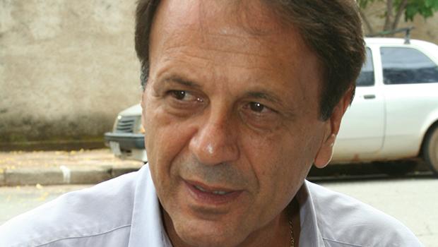 Adib Elias diz que batalha com Daniel Vilela pelo comando do MDB não terminou