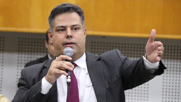 Com adesão de Eduardo Prado, grupo dos 23 agora é grupo dos 24