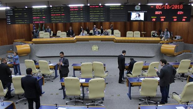 A votação do projeto de autoria do vereador Paulo Magalhães (PSD) que determina a implantação de ponto biométrico para os vereadores deve ir a plenário nesta terça-feira_Jornal Opção