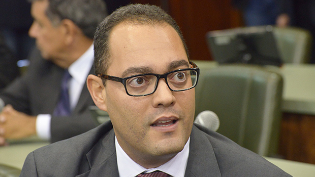 Virmondes Cruvinel diz que não há diálogos sobre PPS se fundir com PSDB