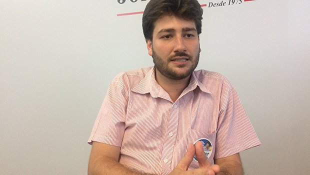 Deputado solicita instalação de repetidor celular em Diolândia