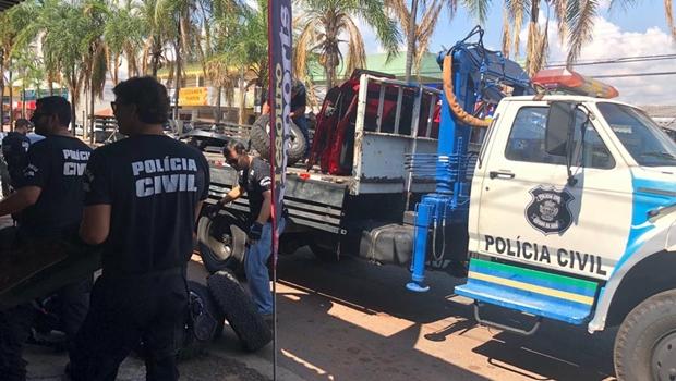 PC prende suspeitos de comercializar peças de veículos roubados em Goiânia