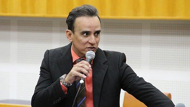 Vereador pede que gestão Iris prorrogue prazo para renegociação de dívidas