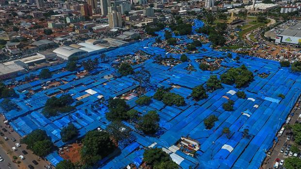 Revitalização da Praça do Trabalhador coloca feirantes sem destino