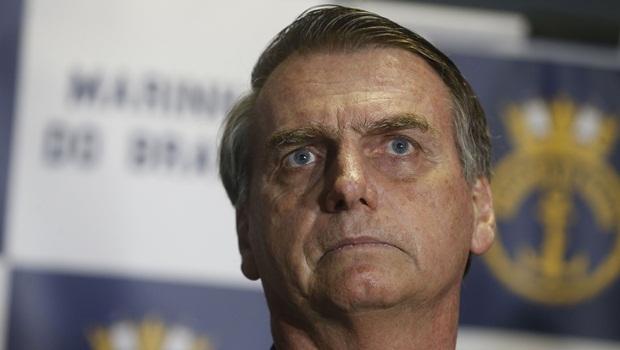 Bolsonaro anuncia fim de contrato com assessoria de imprensa internacional