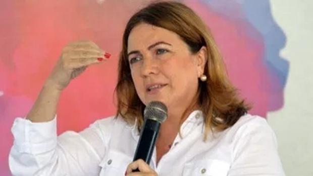 Professora Aparecida de Fátima, do Paraná, será secretária de Educação de Caiado