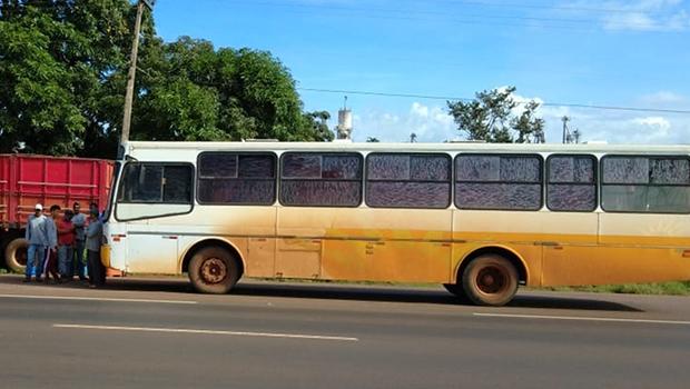 Ônibus que transportava trabalhadores é apreendido na BR-060, em Rio Verde