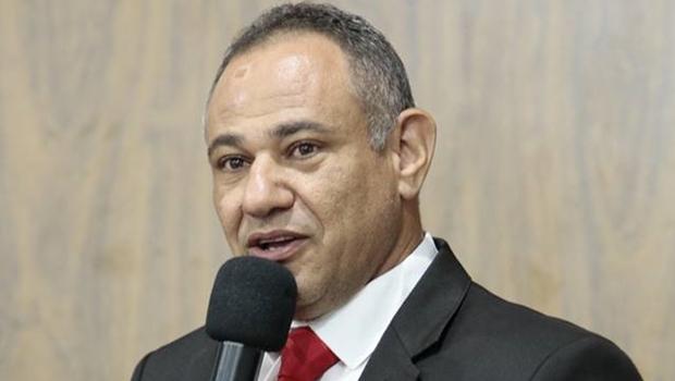 Vereador de Caldas Novas causa polêmica ao utilizar tribuna para ofender religião