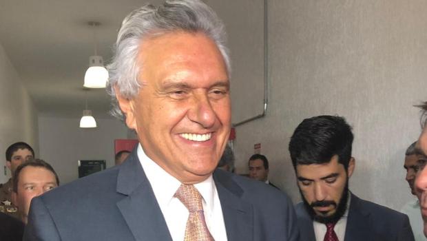 Governador marca presença na Alego e explica aos deputados pacote de austeridades