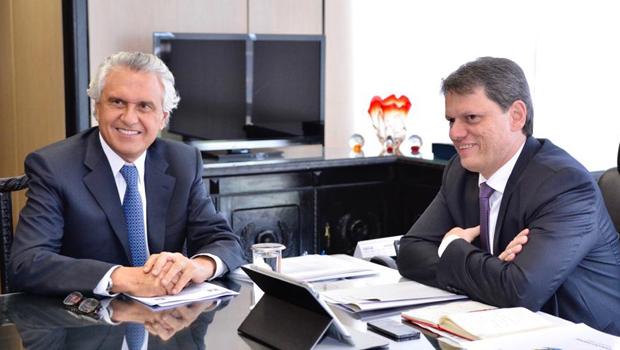 Caiado negocia acordo com Ministério de Infraestrutura para ação emergencial em rodovias