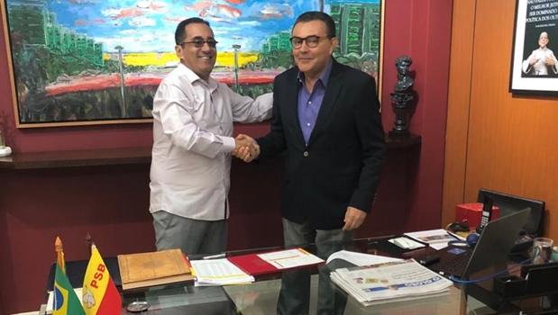Kajuru formaliza filiação ao Partido Socialista Brasileiro