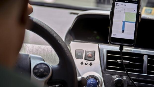 Prefeitura de Aparecida orienta motoristas de aplicativos sobre prazo de regularização