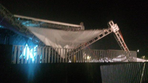 Após queda de estrutura, show da cantora Anitta é interrompido no Ceará
