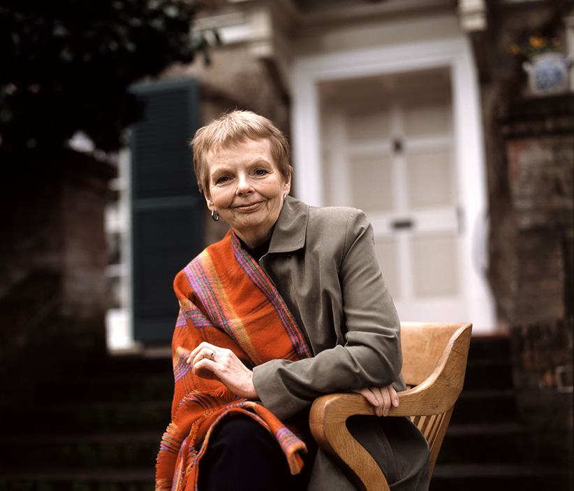 """Romance de Carol Shields sugere o """"fracasso"""" da vida burguesa ante a força da incerteza"""